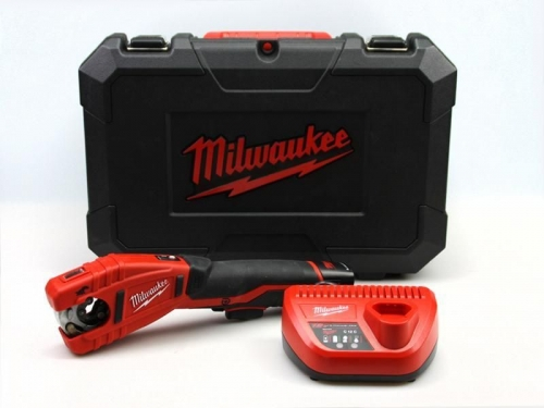 Milwaukee aku rezák C12PC-201C, sada